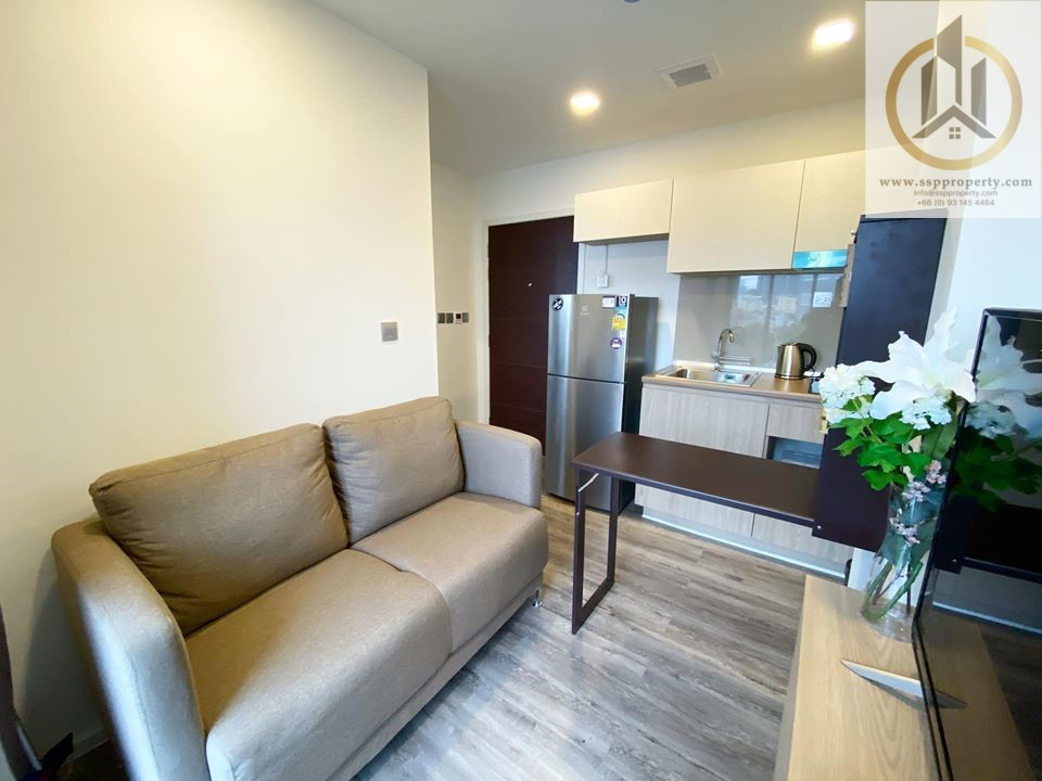 For RentCondoRatchadapisek, Huaikwang, Suttisan : Brown Condo Ratchada-Huay Kwang for rent, 1 bedroom (Soi Pracharat Bamphen 11, near MRT Huai Khwang) and access to many routes, including Ratchada Lad Phrao, Meng Chai intersection to go through the expressway.