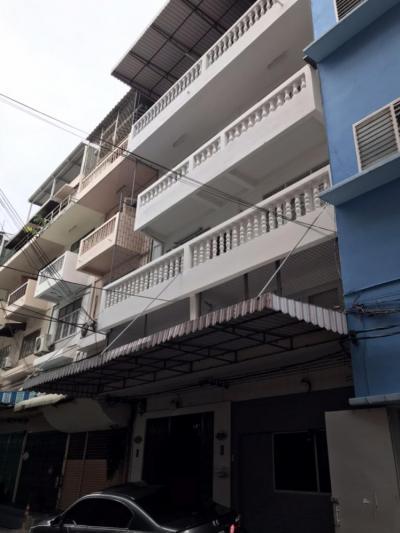 For RentShophouseWongwianyai, Charoennakor : For rent, commercial building, 2 units, 4 floors, Charoen Nakhon
