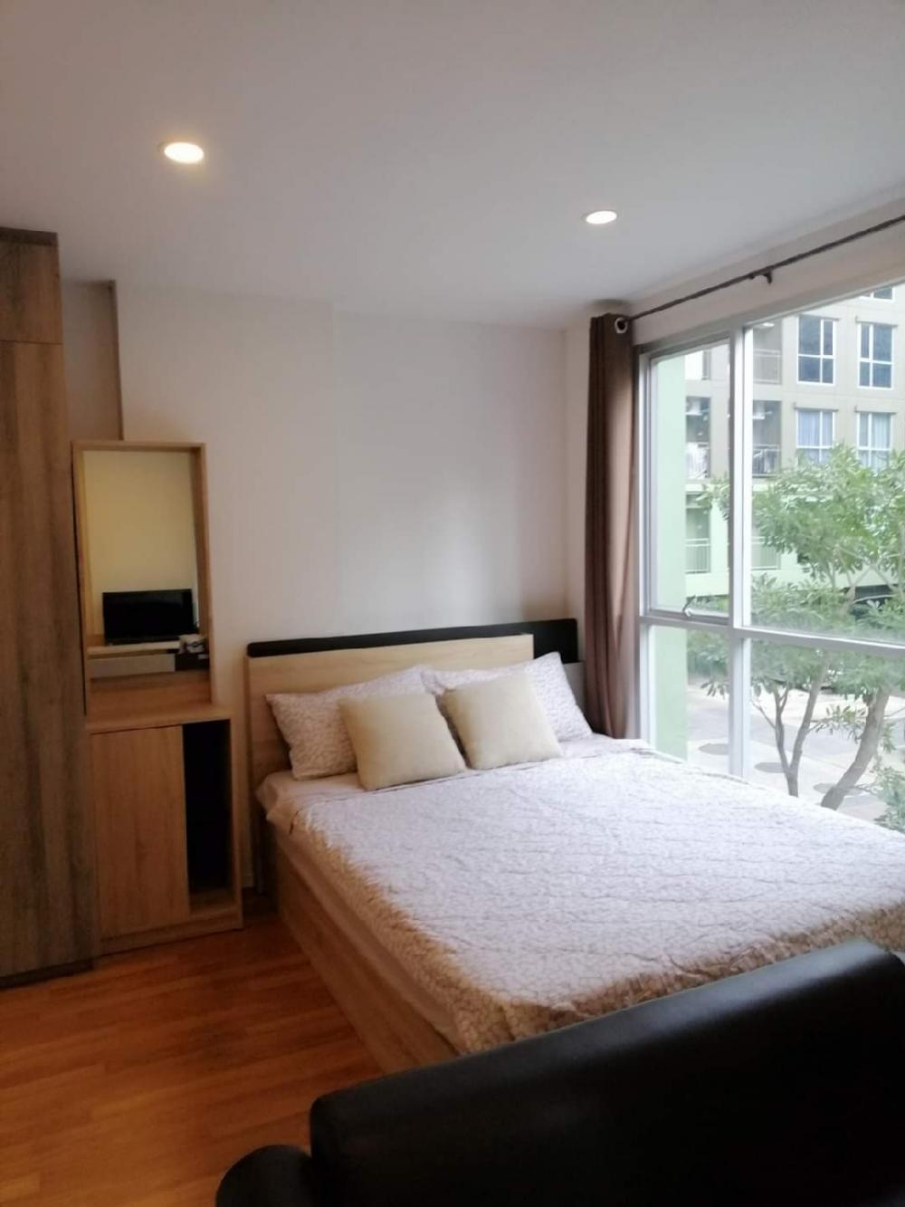 For SaleCondoBangna, Lasalle, Bearing : Sale Lumpini Place Bangna Km.3, new, flawless, tree view A, 2nd floor, only 1.6 million.
