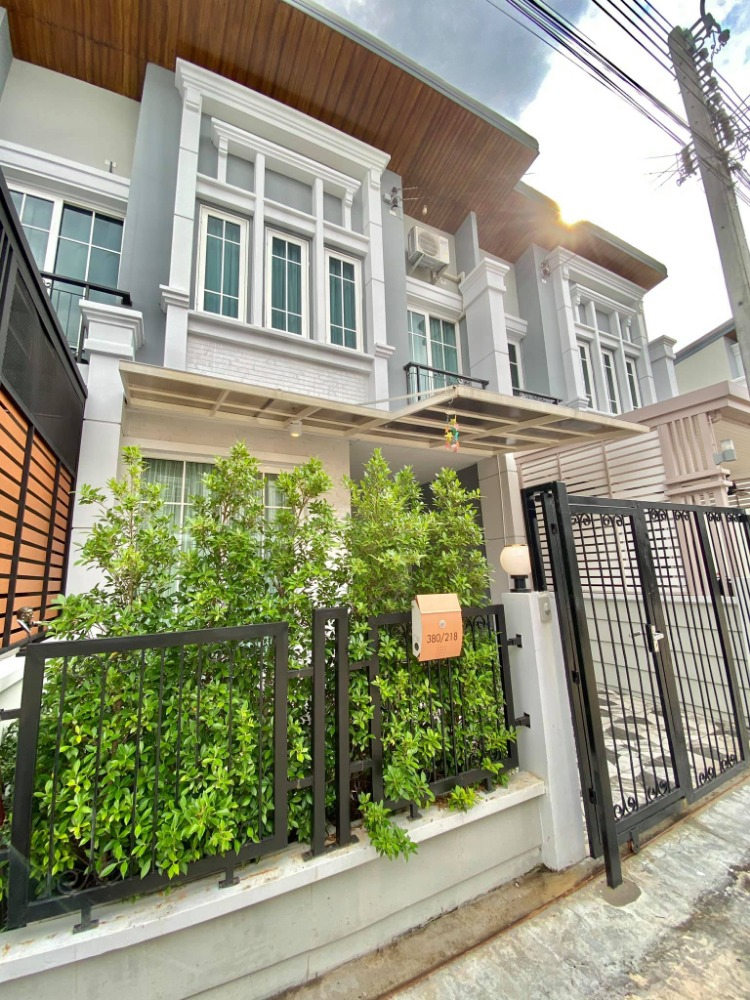 For RentTownhouseLadkrabang, Suwannaphum Airport : For rent Townhome Villa de Lune Bangkok.