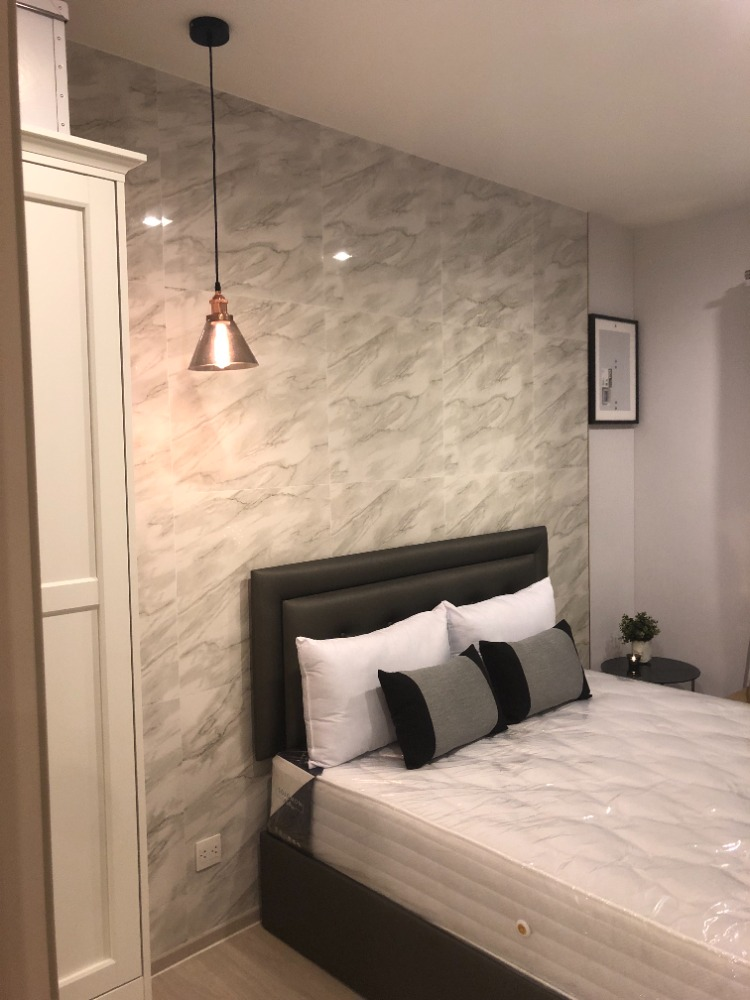 For RentCondoOnnut, Udomsuk : Life sukhumwit48 Available, New room, luxury & Modern Price can be negotiated.