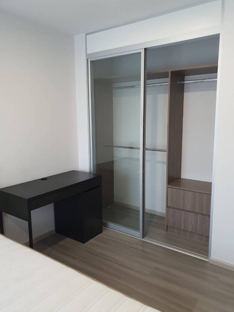 For RentCondoPinklao, Charansanitwong : For Rent The Parkland Charan-Pinklao Unit 9/2 (C402)