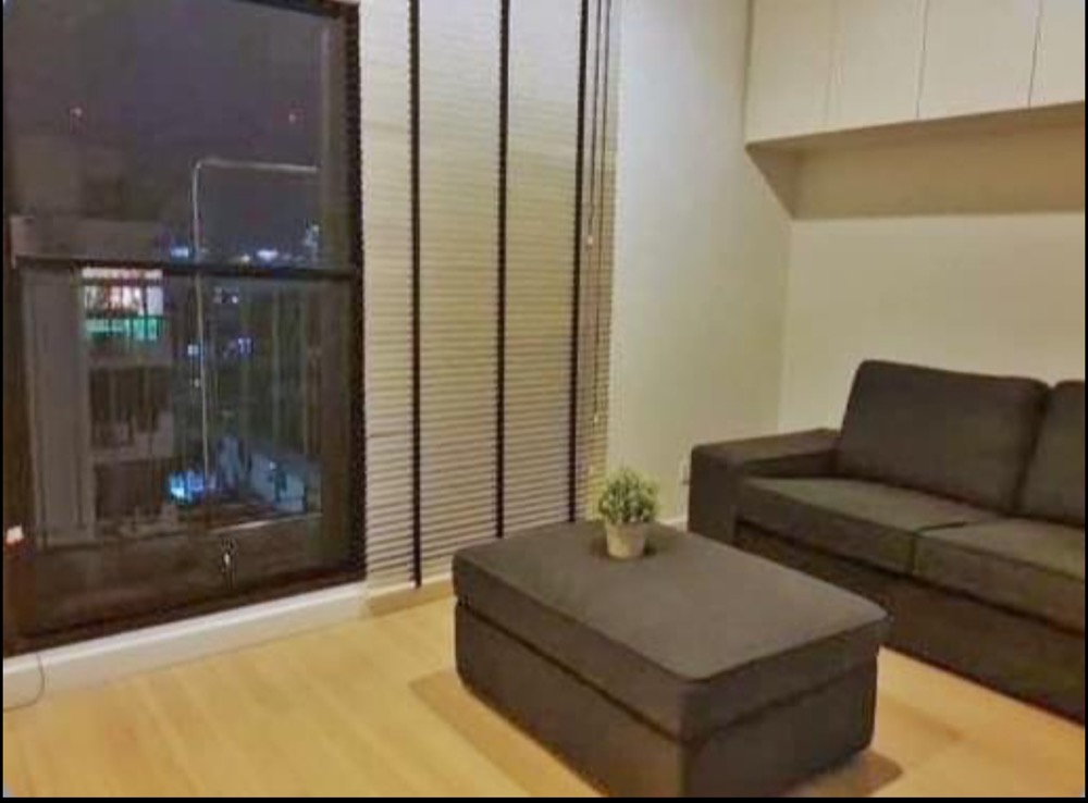 For RentCondoSathorn, Narathiwat : The Seed Mingle Suanplu Soi 8, South Sathorn, area 38 sq m. 1 bedroom, 1 bath, kitchen, living room, 2 air conditioners, rent 20,000 baht per month.