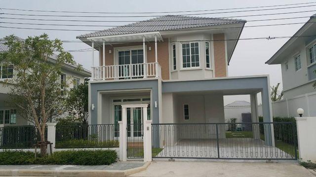 เช่าบ้านนวมินทร์ รามอินทรา : หมู่บ้านชวนชื่น ซิตี้ นอร์ทวิลล์ วัชรพล Chuan Chuen City Northview-Park Watcharapol ให้เช่าบ้านหรูสร้างสไตล์ American Cottage Style สีสันสดใส เดินทางสะดวกใกล้เลียบทางด่วนรามอินทรา-อาจณรงค์/ พหลโยธิน เกษตร รัชโยธิน