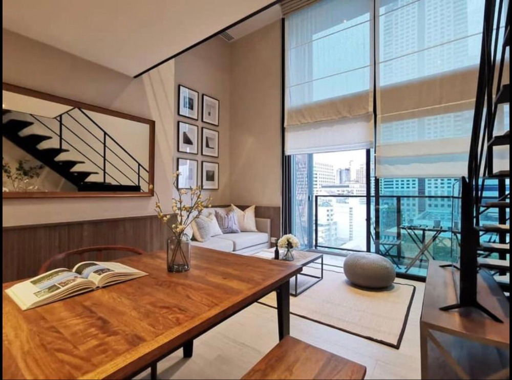 For RentCondoSilom, Saladaeng, Bangrak : +++ Urgent rent +++ The Loft Silom * Bedroom Duplex 44 sq m, fully furnished.