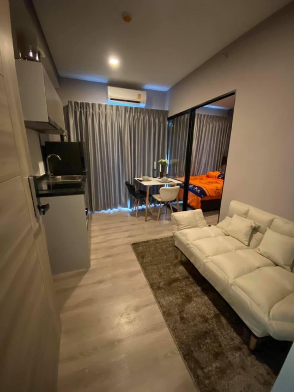 For RentCondoSamrong, Samut Prakan : Condo for rent in Kensington Sukhumvit, Thepharak, beautifully decorated Partially divide the room, ready to move in.