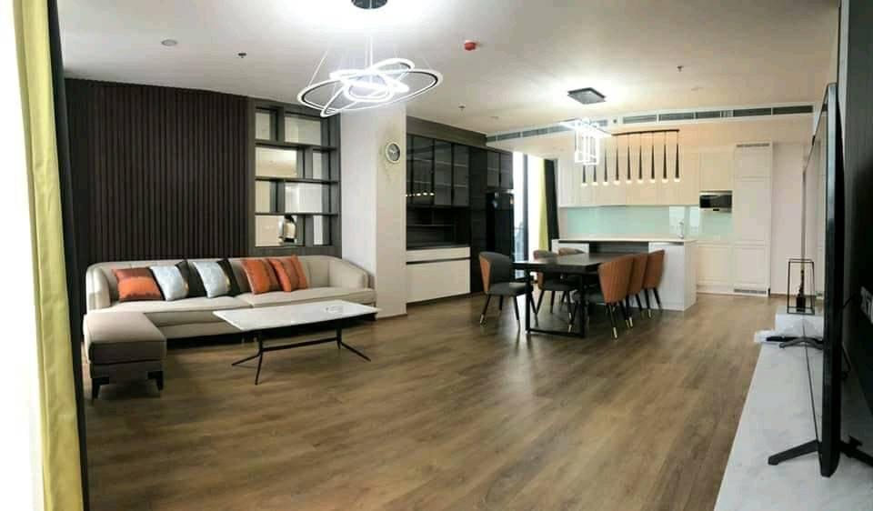 เช่าคอนโดสุขุมวิท อโศก ทองหล่อ : Noble BE33 - Brand New Luxury Penthouse / 3 Bedrooms / 136 Sqm / High Floor / Open Views