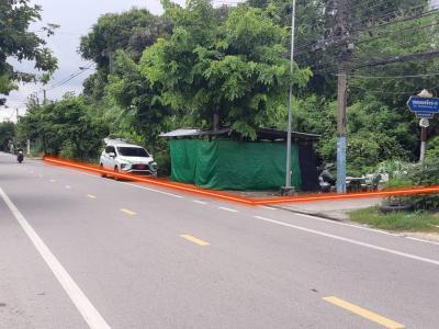 For SaleLandSamrong, Samut Prakan : Quick sale! Beautiful land, corner plot, 93 square wa in Bang Kachao On Petch Hueng Road Near Bang Nam Phueng Market, Phra Pradaeng District, Samut Prakan, good air, less dust pollution.