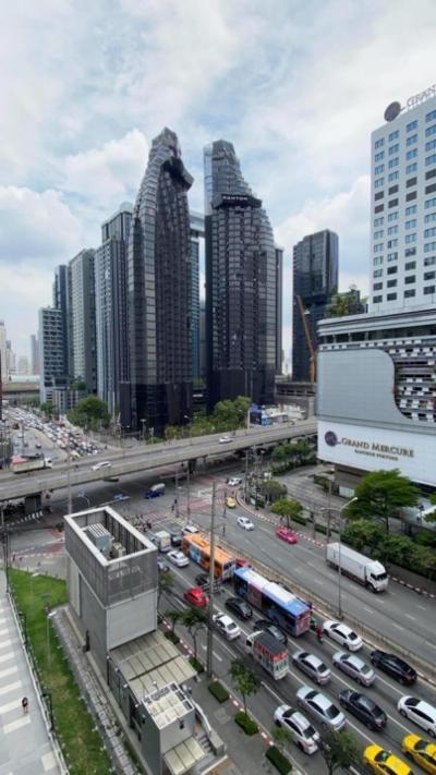 ขายคอนโดพระราม 9 เพชรบุรีตัดใหม่ RCA : 🔥ขายด่วน🔥Ashton Asoke Rama 9🔥 ชั้น 32 ขนาด 93 ตรม. 2 ห้องนอน วิวสวยมาก owner อยู่ ตปท.ไม่สะดวกมาโอน ⭐️ พร้อมโอน 🎉เราแถมเงินสดให้อีกทันทีในวันโอน 1 ล้านบาท ⭐️