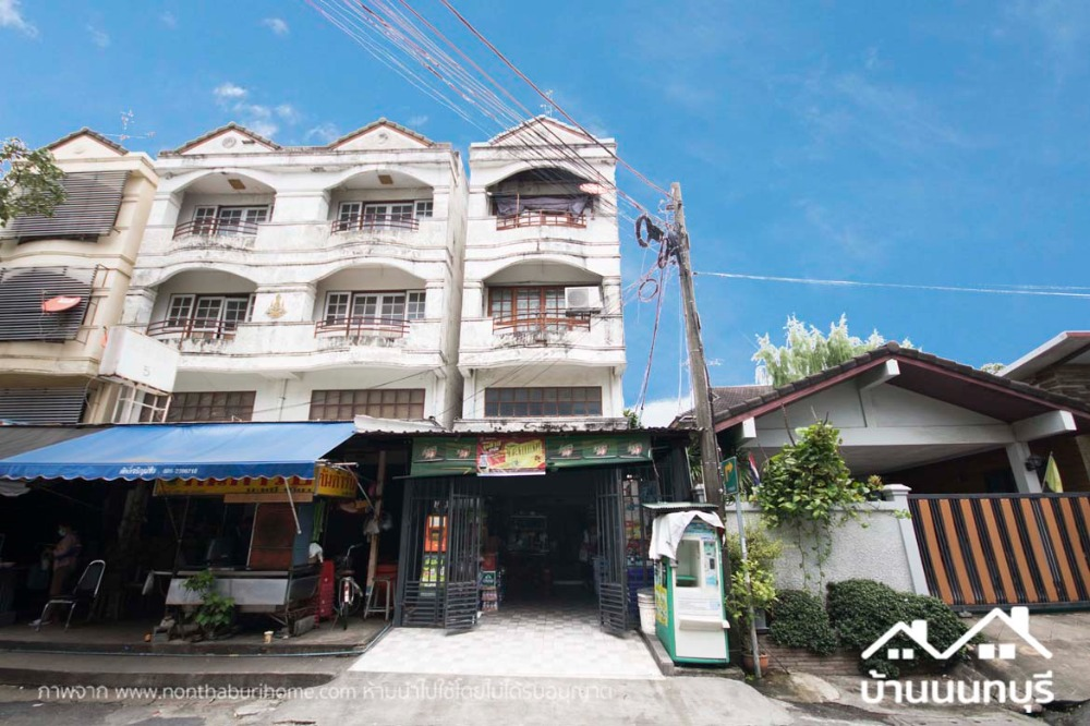 For SaleShophousePinklao, Charansanitwong : 4-storey commercial building, torch intersection, corner plot, good location, on the road