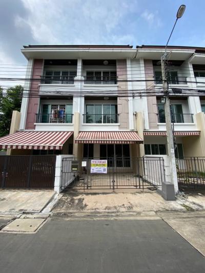 For RentTownhouseThaphra, Wutthakat : House for rent in Klang Muang Escent Sathorn Taksin 2.