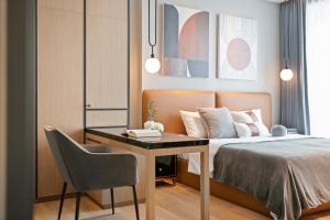 For RentCondoSukhumvit, Asoke, Thonglor : +++ Urgent rent, beautiful room +++ Beatniq ** 1 bedroom, 57.57 sq m, fully furnished, ready to move in.
