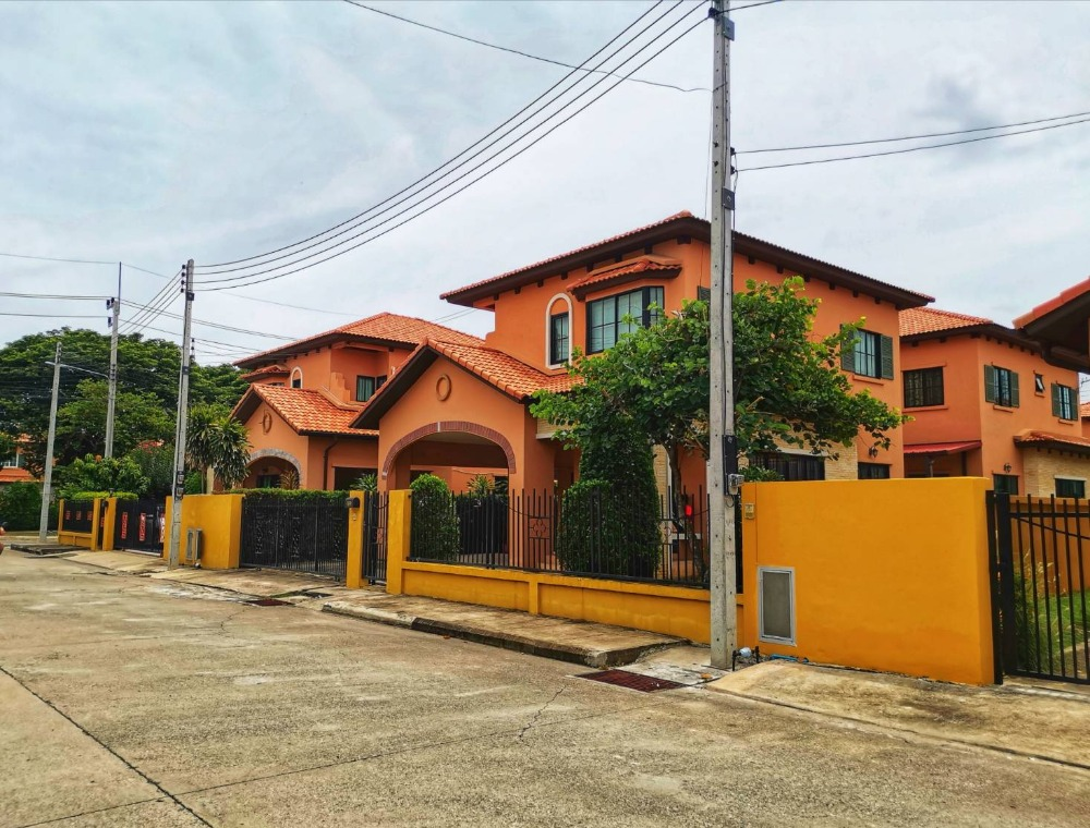 For SaleHouseCentral Provinces : House for sale in Italian style, Plaseto, Wang Noi, Ayutthaya, ready to move in, convenient, 24-hour security