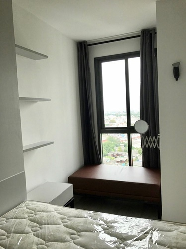 For RentCondoPinklao, Charansanitwong : IDEO MOBI Charan-Interchange, 1 bed, 33 sq m.