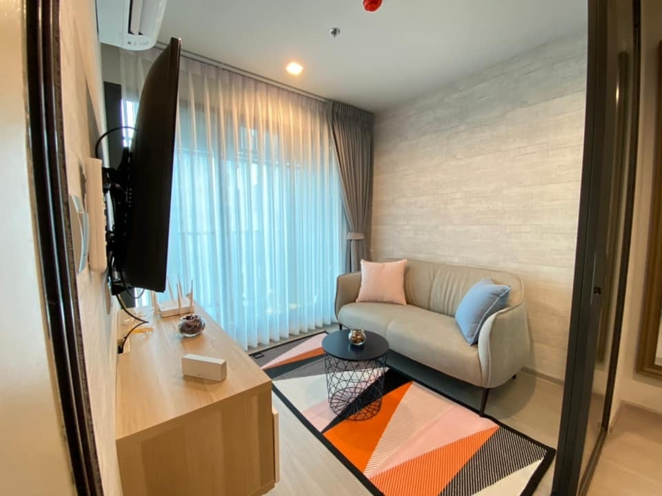 For RentCondoLadprao, Central Ladprao : *** Urgent rent !!! Life Ladprao 1 bedroom 35 sq m, beautiful room, fully furnished, ready to move in ***