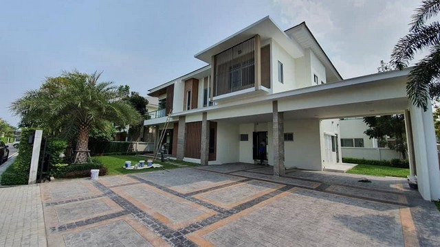 For SaleHouseOnnut, Udomsuk : AE0387 2 storey detached house for sale, Perfect masterpiece Rama 9, fully furnished. Fully furnished