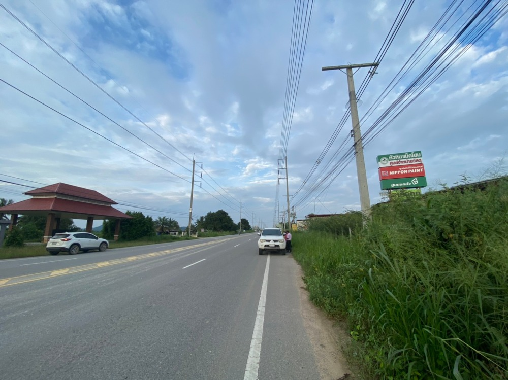 For SaleLandCha am, Hua Hin : Urgent sale !! Land 1 rai 87 sq m., Hua Hin, good location, next to Hua Hin road, Mac Home