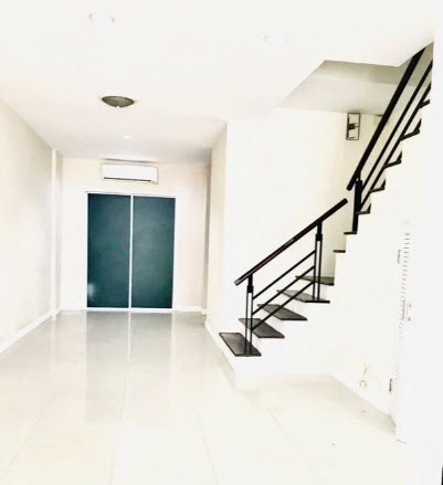 For RentHome OfficeKaset Nawamin,Ladplakao : 4-storey home office for rent, Premium Place 3, Nuanchan, next to the express road, Ekamai, Ramindra