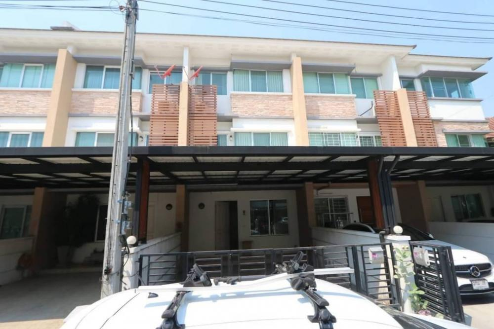 For RentTownhouseNawamin, Ramindra : For rent ** Townhome 3 bedrooms Project Town Plus ** Kaset-Nawamin near Fashion Island.