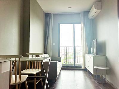 เช่าคอนโดสุขุมวิท อโศก ทองหล่อ : 🎯 ห้องสวยมากกก ตกแต่งสไตล์โมเดิร์น มีความหรูหรา ทันสมัย ให้เช่าคอนโด C Ekkamai คอนโดพร้อมอยู่ สูงสุดบนทำเลเอกมัย พร้อมส่วนกลางระดับ Luxury ทำเลดี ใกล้ BTS เอกมัย และ ทางด่วน