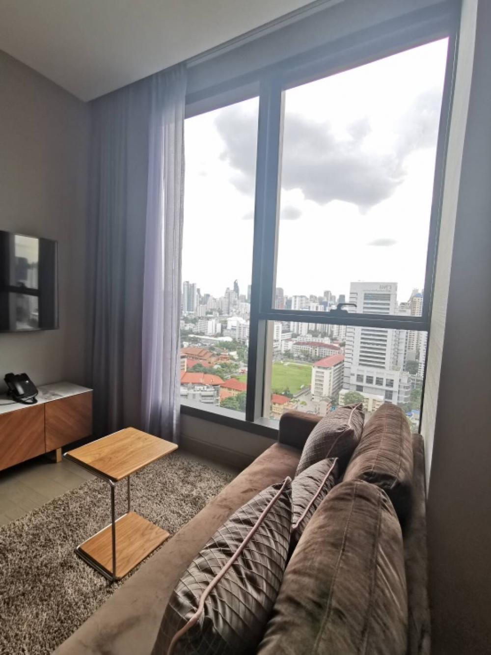เช่าคอนโดพระราม 9 เพชรบุรีตัดใหม่ : วิวสวย For rent The Esse at Singha Complex ห้องใหญ่ ชั้น 24 วิวเมือง