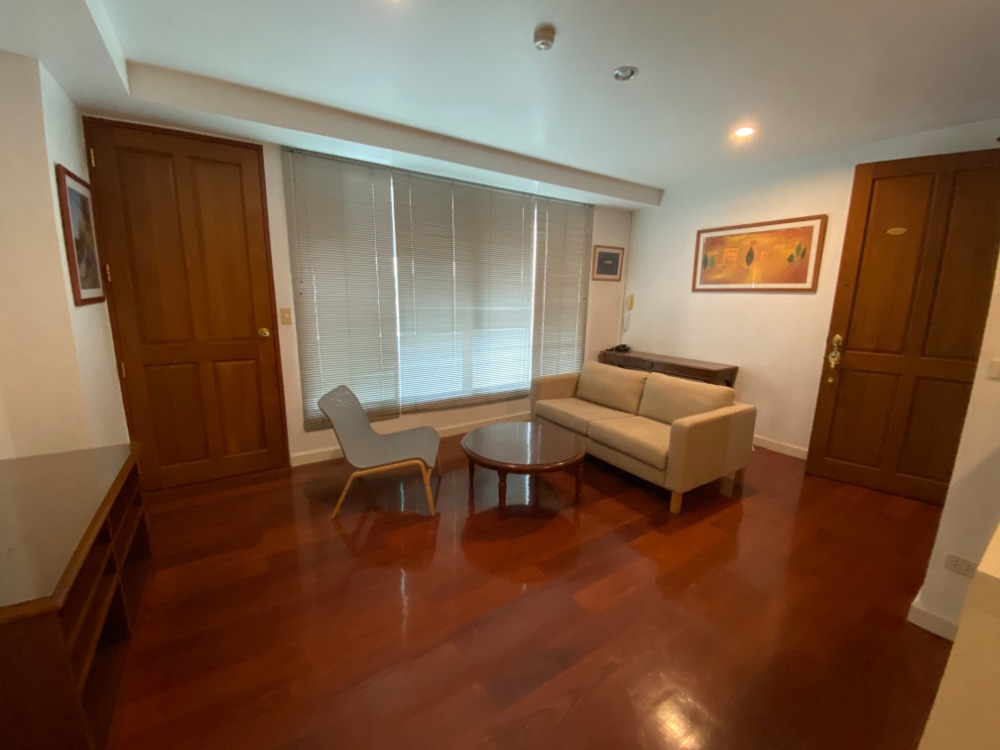 For SaleCondoWitthayu,Ploenchit  ,Langsuan : Baan Thanon Sarasin for sale, 2 BR, 93 sqm, Corner Unit