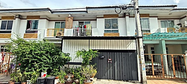 For SaleTownhouseBangkruai, Ratchapruek : Quick sale !!! 2-storey townhouse, Nontara Village