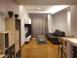 For RentCondoSukhumvit, Asoke, Thonglor : The Lumpini 24, number of bedrooms, 2 bedrooms (combine), total area 55.02, floor 25, rental price (baht / month) 30,000 ฿