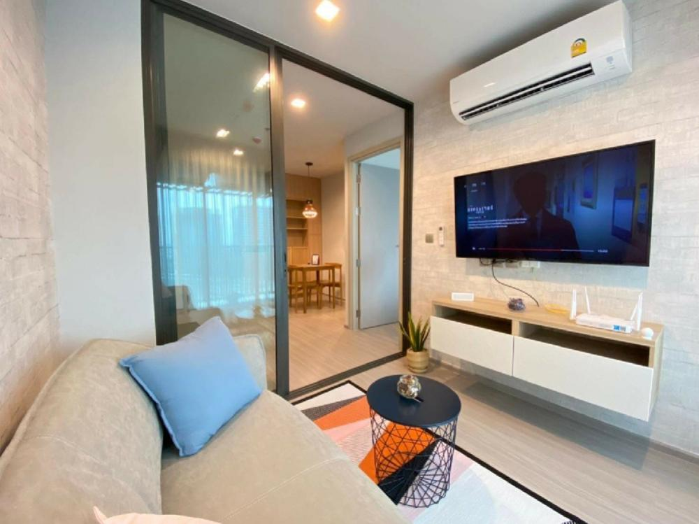 For RentCondoLadprao, Central Ladprao : Life Ladprao Condo for rent 35 sqm. Special price project next to BTS Ladprao intersection.