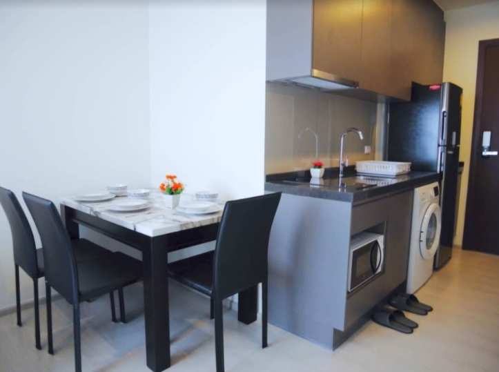 For SaleCondoRama9, RCA, Petchaburi : sale !! RHYTHM Asoke 1, 2 bedrooms, high floor, fully furnished, ready to move in, bang bang price !!!