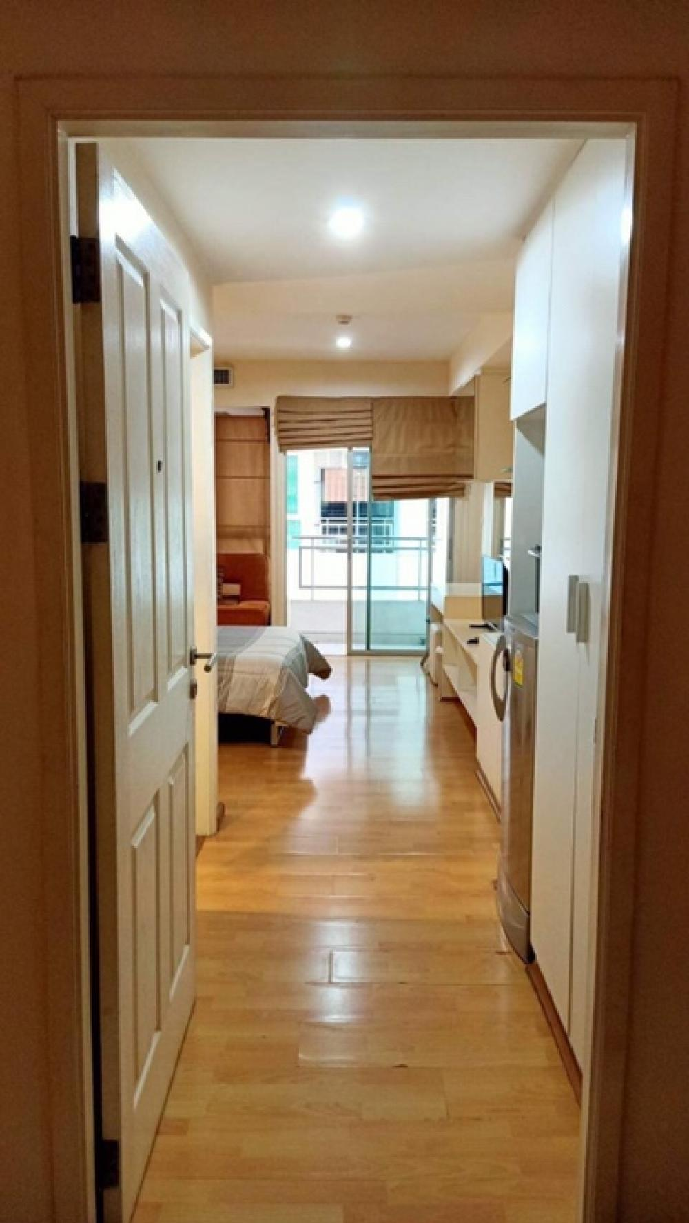 For RentCondoRamkhamhaeng, Hua Mak : NC-R231🌸 Beautiful condo for rent. Fully furnished Ramkhamhaeng area, next to ABAC University, convenient transportation, near department stores. 🌸 Condo for rent, The Inspire Place, ABAC, 9th floor 🌸 Area of 30 square meters, 1 bedroom, fully furnished,