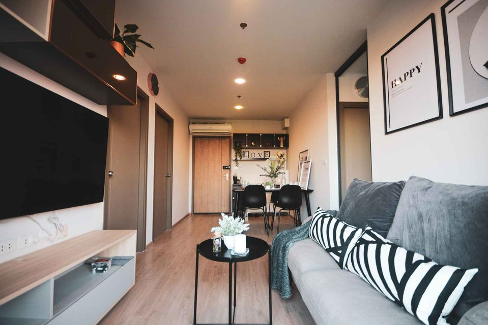 For RentCondoBangna, Lasalle, Bearing : 2 bedroom condo for rent, IDEO O2, ready to move in Near the expressway and BTS Bangna, there is a washing machine.