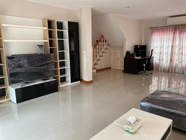 For RentHouseRamkhamhaeng,Min Buri, Romklao : 2 storey detached house for rent, Soi Mistine, Casa Ville Village Ramkhamhaeng - Ring Road Rat Phatthana Road Fully furnished