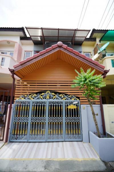 For SaleHouseBang kae, Phetkasem : Sale 2.5m, 2 storey townhouse, 16 sq m., Phetkasem village 2 k. Ton 0803008065 line: kanokchai