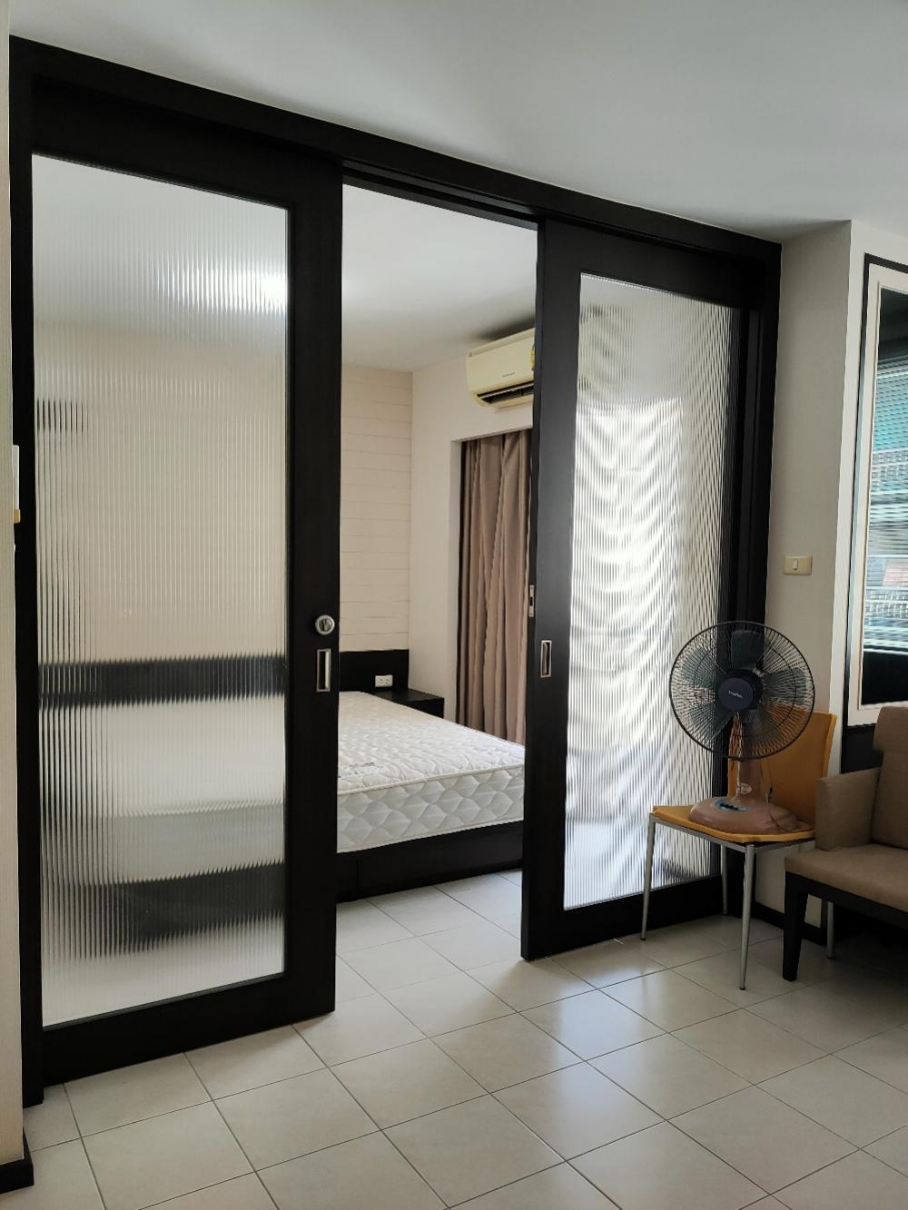 For SaleCondoBangna, Lasalle, Bearing : Sale / Sale The Parkland Bangna, very good price, beautiful room, fully furnished. Afternoon sun
