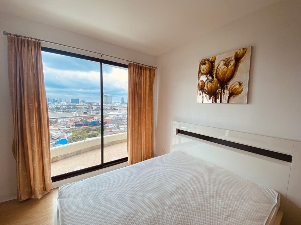 "For RentCondoRama3 (Riverside),Satupadit : *** Rent a nice condo! ""Supalai Casa Riva"" beautiful view next to the Chao Phraya River ... stay at home like traveling ^ __ ^"