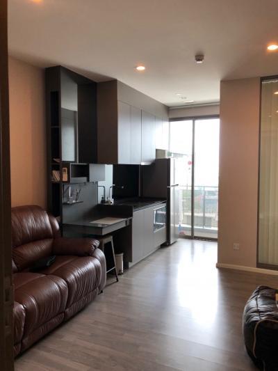 For RentCondoOnnut, Udomsuk : Don't miss!!! Great location Condo for rent. Few steps to BTS Prakanong the Room Sukhumvit 69