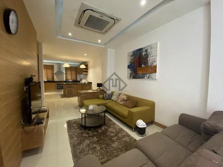 For RentTownhouseRama9, RCA, Petchaburi : House for rent, Nana, Sukhumvit, good condition, beautiful decoration, large kitchen, complete electrical appliances, near BTS Nana