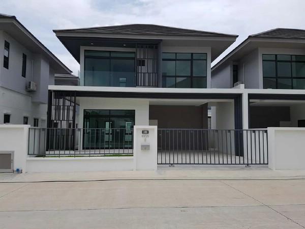 For RentHouseRamkhamhaeng,Min Buri, Romklao : Modern style twin house for rent, Aura Luxe Ramkhamhaeng Village, 94 Aura Luxe Ramkhamhaeng 94, Saphan Sung, near the motorway, Ring Road - Kanchanaphisek. And Suvarnabhumi Airport