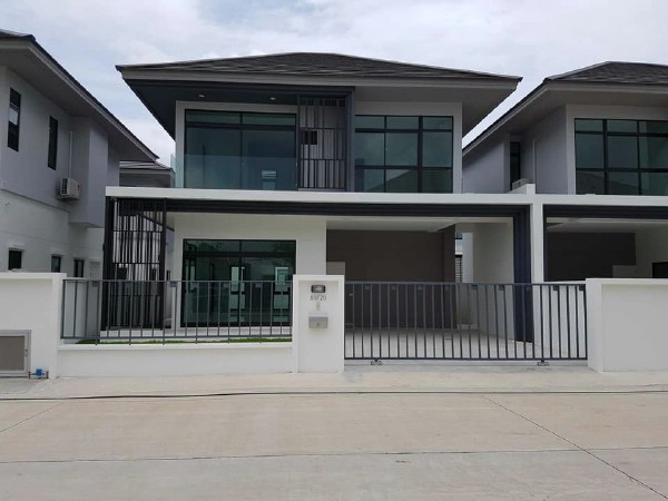 For RentHouseRamkhamhaeng,Min Buri, Romklao : Modern style twin houses for rent, Aura Luxe Village, Ramkhamhaeng 94 Aura Luxe Ramkhamhaeng 94 Saphan Sung, near the motorway, Ring Road - Kanchanaphisek and Suvarnabhumi Airport