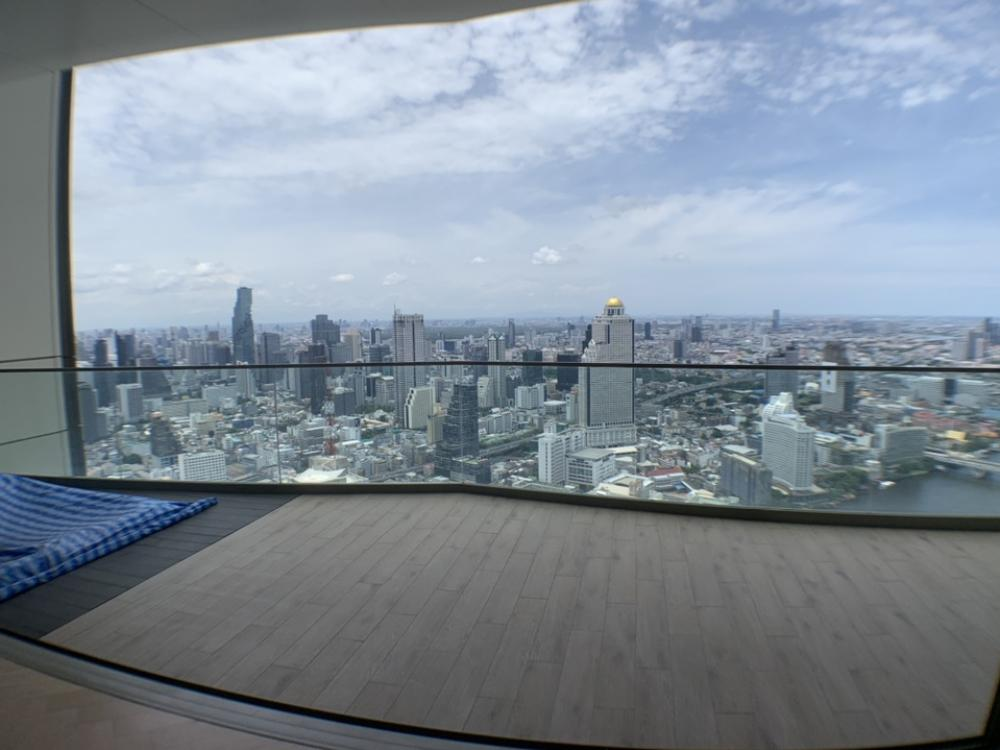 For SaleCondoWongwianyai, Charoennakor : SALE: Penthouse The residences at Mandarin Oriental 4bedroom Simplex High Ceiling. Stunning riverfront view.