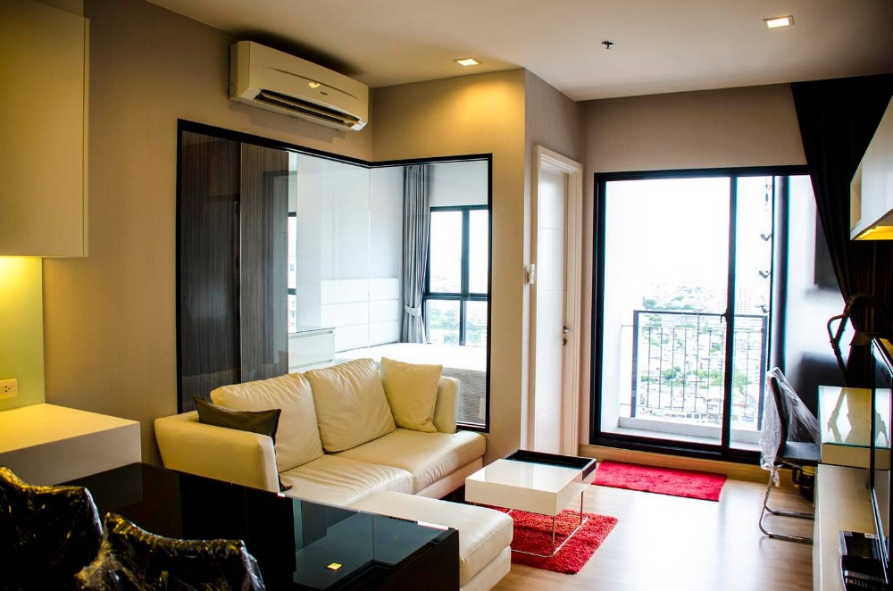 For RentCondoWongwianyai, Charoennakor : ++ Urgent rental !!! Urbano Absolute sathon ** 1 bedroom, size 38 sq.m., fully furnished, ready to move in !!!