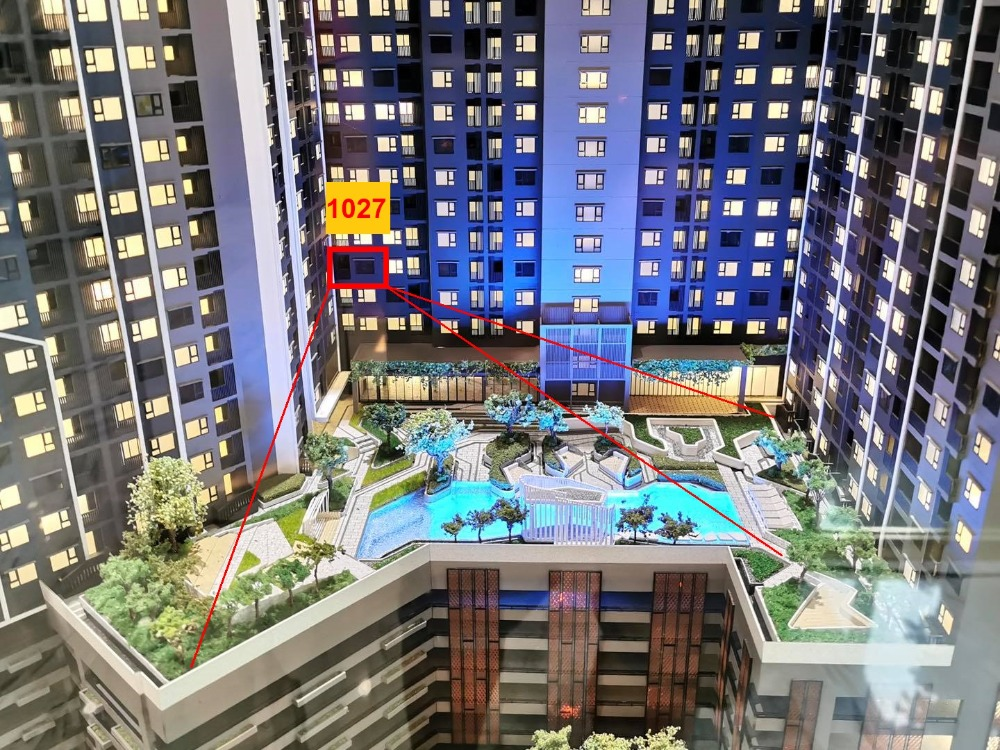 Sale DownCondoSamrong, Samut Prakan : Aspire Erawan Prime 27 sq m. Pool view, cheap price only 1.86 million baht, Fully Furnished with electrical appliances.