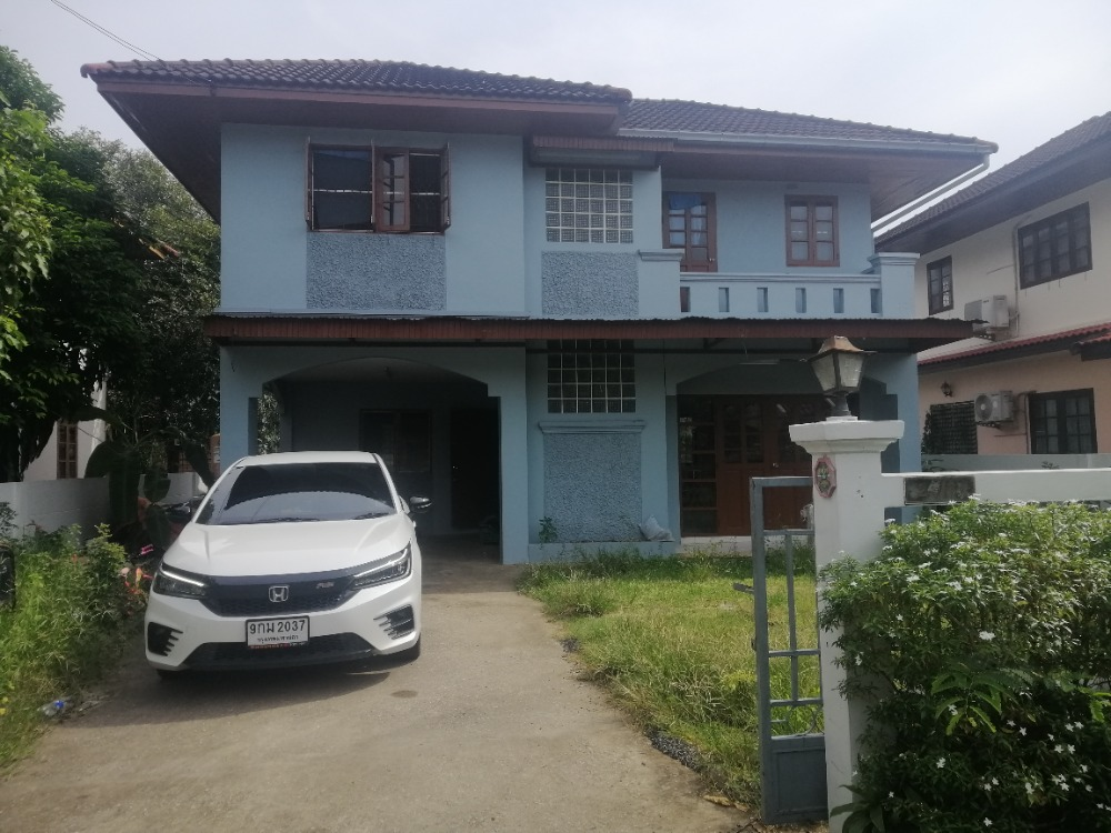 For RentHouseNakhon Pathom, Phutthamonthon, Salaya : 2-storey house for rent, 78 square wa., Located on Borommaratchachonnani Road, Soi 64 (in between Phutthamonthon Sai 2-3), rent 12,000 / month