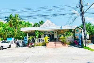 For SaleBusinesses for saleCha am, Hua Hin : Resort for sale, Thap Sakae, Huay Yang, Prachuap, an area of 300 sq m, ready to continue the business, price is only 7.5 million.