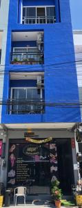 For SaleShophousePhuket, Patong : Commercial building for sale, area 16 sq m, a business hotel with 8 rooms in the tourist attraction