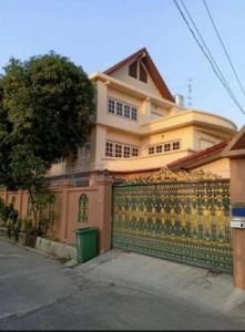 For SaleHouseLadprao 48, Chokchai 4, Ladprao 71 : 3 storey detached house for sale in Ladprao area, Soi Ladprao 87, area 104 square meters, near the expressway Near BTS Ladprao 83