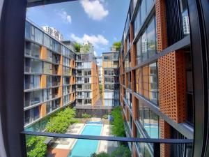 เช่าคอนโดสุขุมวิท อโศก ทองหล่อ : ให้เช่าด่วน! โครงการ Quintara Treehaus Sukhumvit 42, 2 ห้องนอน พร้อมอยู่ ใกล้บีทีเอสเอกมัย