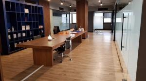 For RentOfficeSukhumvit, Asoke, Thonglor : BS556 Office space for rent, 313.02 sq m., United Tower, Thonglor, near BTS Thonglor