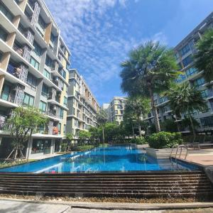 For SaleCondoOnnut, Udomsuk : Condo for sale, pool view, extremely cheap, iCondo Sukhumvit 103, fully furnished, Modern Loft style, large salt water pool, Ultra Hi-Speed Internet from TRUE, convenient transportation, near Bangna Expressway, near BTS